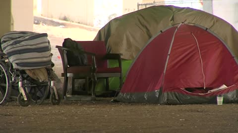Milwaukee seeks to end homeless encampments around city